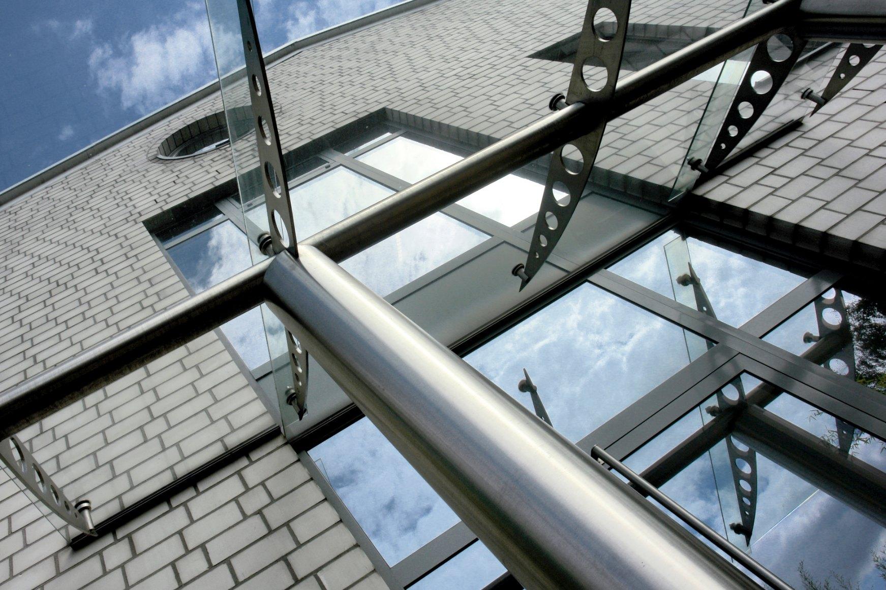 HORI/® Haust/ür Stra/ßburg I Kunststoff Haust/üre Eingangst/üren Aussent/ür mit Glaseinsatz I Farbe wei/ß I Gr/ö/ße 2000 x 880 mm